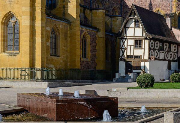 La Fontaine Parvs de l'Eglise Saint-Etienne