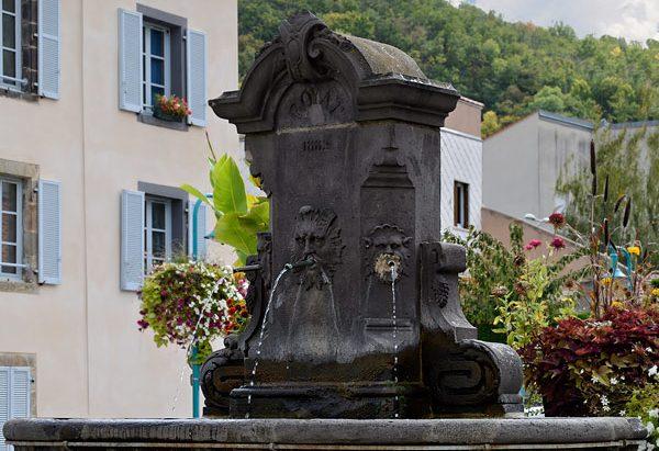 La Fontaine Place Joseph Claussat