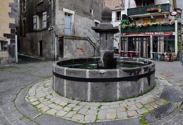 La Fontaine Place Jean Cohendy