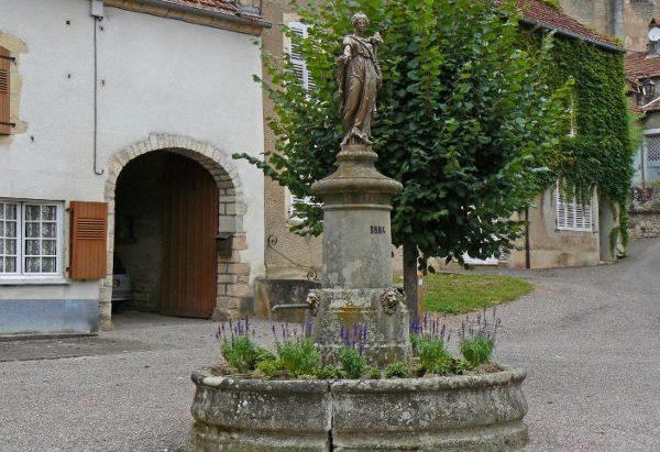 La Fontaine Place de l'Abondance