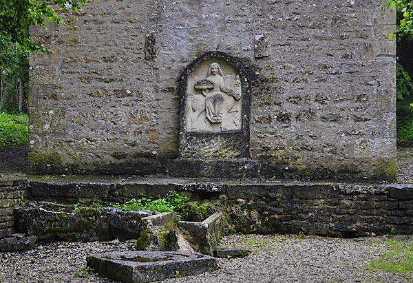 La Fontaine du Lavoir de Fontenille