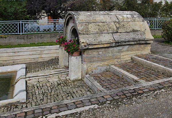 Les Fontaines et Lavoirs