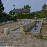 Seconde fontaine et Lavoir rue de la Fontaine