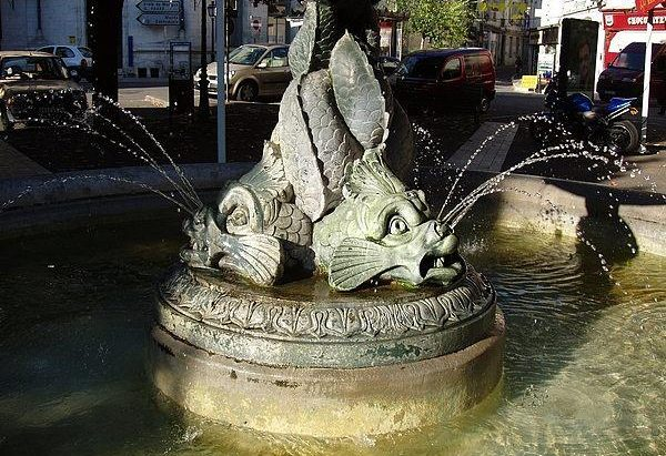 La Fontaine Place François Louvel