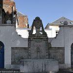 La Fontaine Place du 33ème