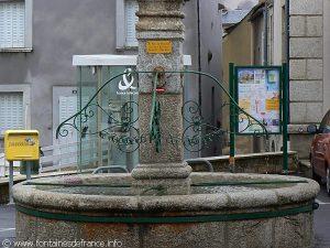 La Fontaine Place du Portail