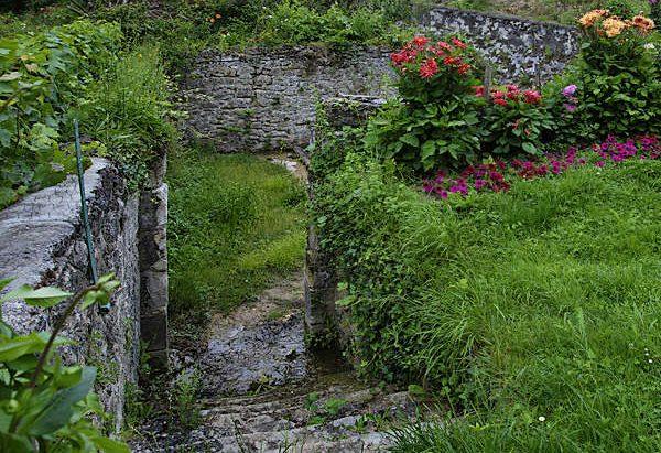 Le Lavoir chemin de la Fontaine Sainte-Marie