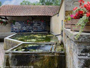 La Fontaine Place du Petit Clos