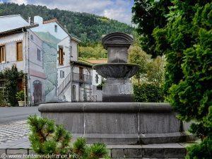 La Fontaine Place du Mas