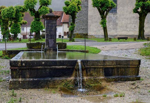 La Fontaine rue Anne Tanchard-Maré