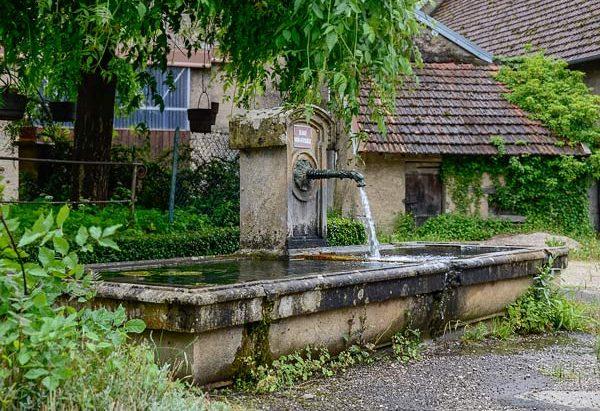 La Fontaine rue du Commandant Guey