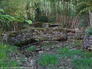 La Fontaine de Dévotion du Hameau de Conore