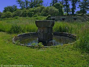 """La Fontaine du Hameau """"Le Puy Dieu"""""""