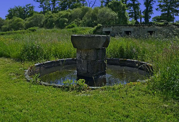 """Fontaine du Hameau """"Le Puy Dieu"""""""