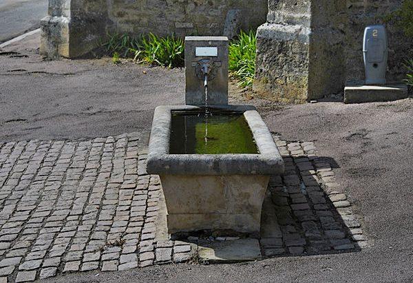 La Fontaine du Chevet de l'Eglise