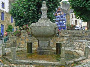 La Fontaine Place Le Trocquer