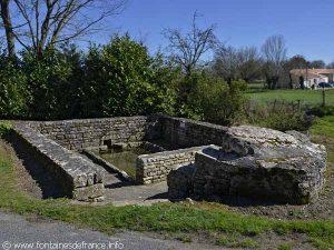 La Fontaine-Lavoir de Janon