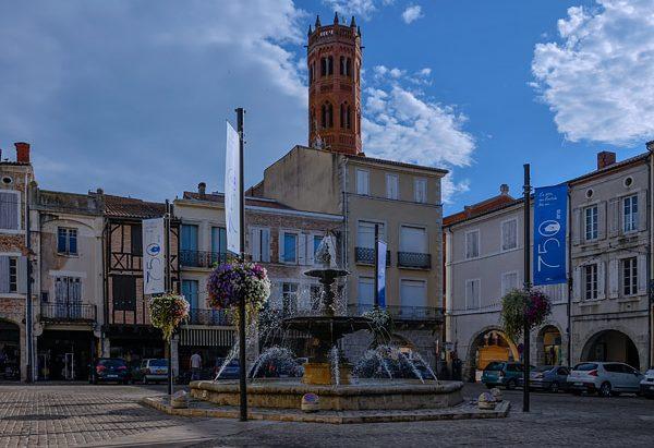 La Fontaine Place Lafayette