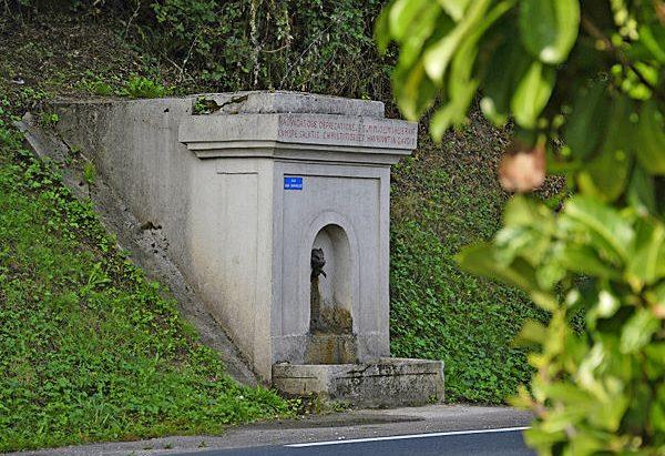 La Fontaine des Deux Saints