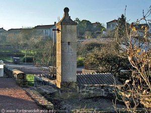 La Fontaine Lavoir de Fontmorand