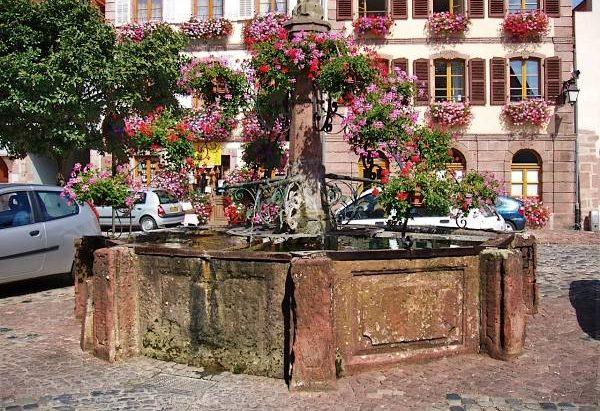 La Fontaine Place du Docteur Walter