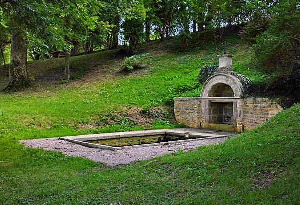 La Fontaine Saint-Pélerin