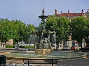 La Fontaine Place Bernard