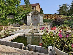 La Fontaine Place L et B.Constant