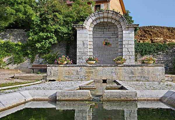 La Fontaine Place L et B. Constant