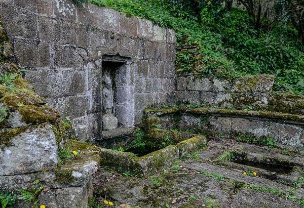 La Fontaine Saint-Ivy de la Rive