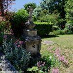 La Fontaine à Proximité de la chapelle du XIXème siècle
