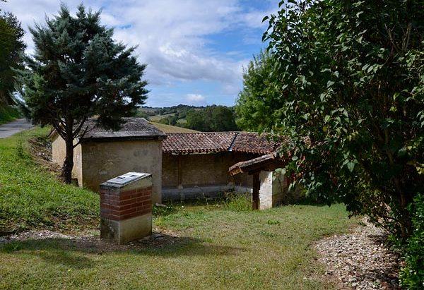 La Fontaine Lavoir de Saint-Cére