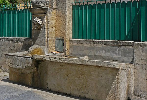 La Fontaine rue Claude Chauvet