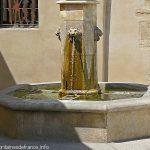 La Fontaine Place de la Victoire