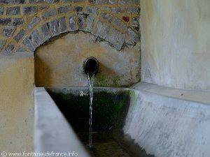 La Fontaine Lavoir rue du Château