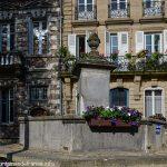 La Fontaine rue de Paris