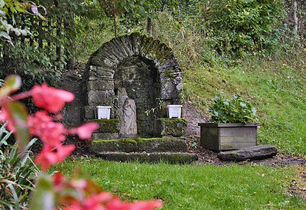 La Fontaine Sainte-Anne à l'Aumonière
