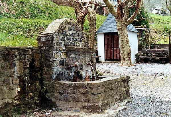 Les Fontaines Saint-Pierre et Saint-Jean