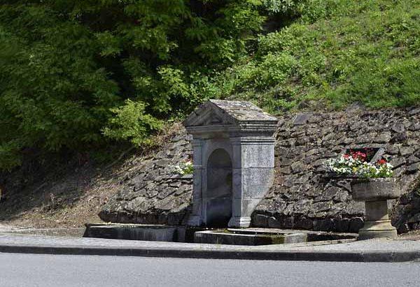 La Fontaine Avenue Lucien Loiret