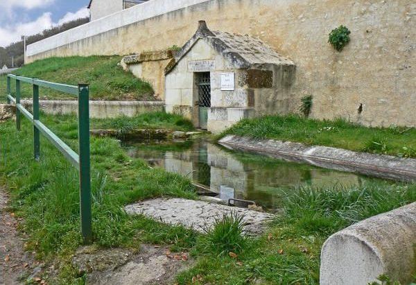La Fontaine Saint-Julien de Ris