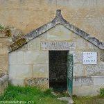 La Fontaine St-Julien de Ris
