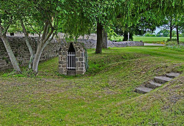 L'Ancienne Fontaine Saint-Lubin
