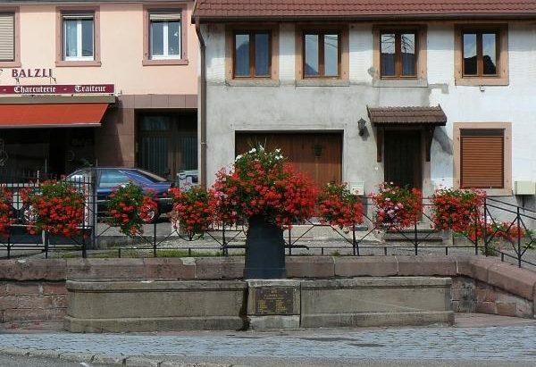 La Fontaine rue Principale