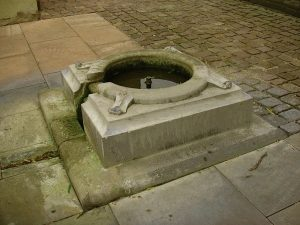 Les Fontaines de l'Abbatiale