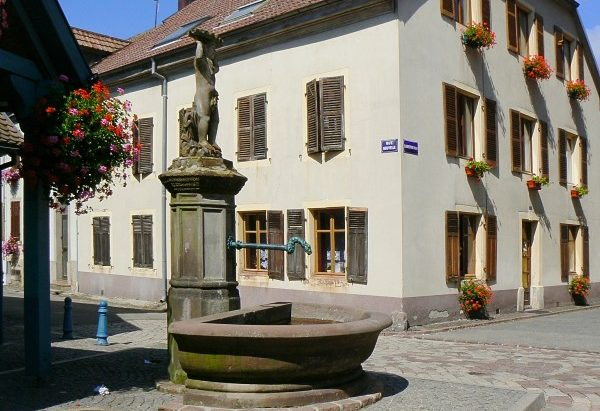 Fontaine rue Nouvelle