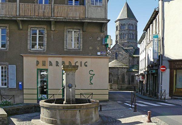 La Fontaine Place Vieillefond