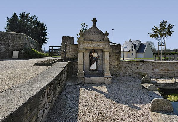 La Fontaine Saint-Pierre aux Liens
