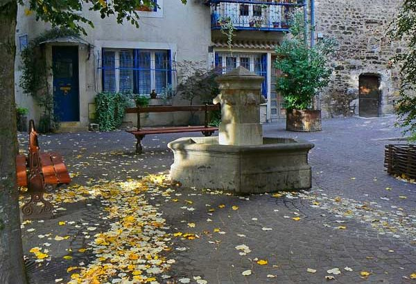 La Fontaine Place Saint-James