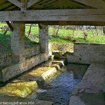 La Fontaine Lavoir de Croué