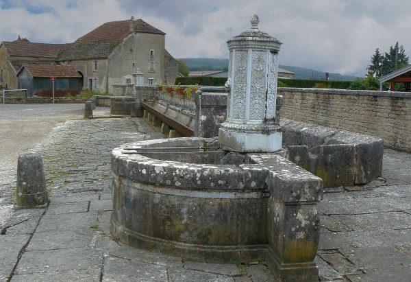 La Fontaine d'Au Pont